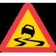 A10 Varning för slirig väg